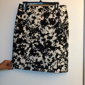 Halogen skirt, size 8